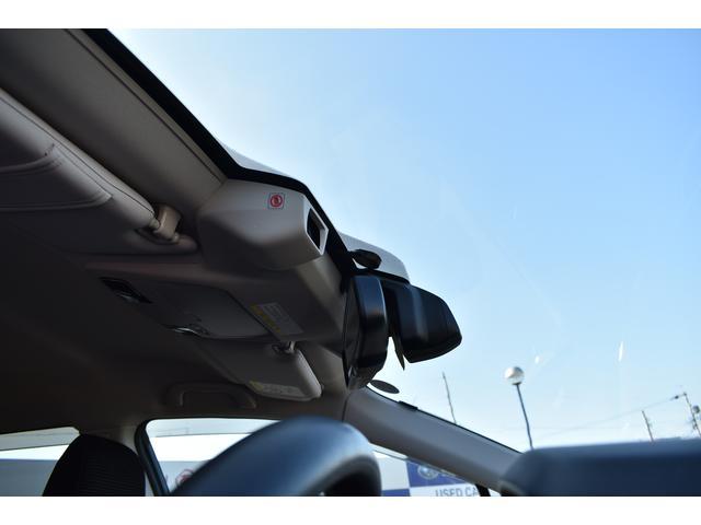 話題のアイサイト付!前方の障害物を検知してブレーキをかけてくれるシステムです!