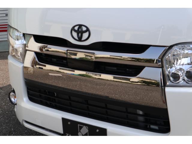 スーパーGL ダークプライム ディーゼル 4WD ワンオーナー 禁煙車 プッシュスタート スマートキー 両側パワースライドドア LEDヘッドライト トヨタセーフティセンス LEDフォグ コンフォートリーフ 寒冷地仕様 防音 熱対策(13枚目)