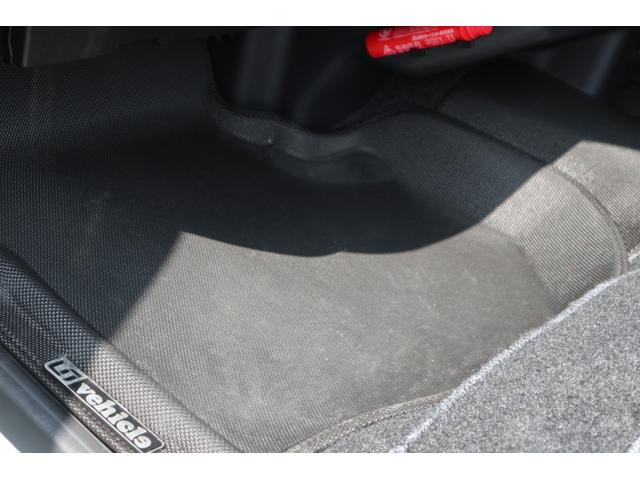 スーパーGL ダークプライム ディーゼル 4WD ワンオーナー 禁煙車 プッシュスタート スマートキー 両側パワースライドドア LEDヘッドライト トヨタセーフティセンス LEDフォグ コンフォートリーフ 寒冷地仕様 防音 熱対策(35枚目)