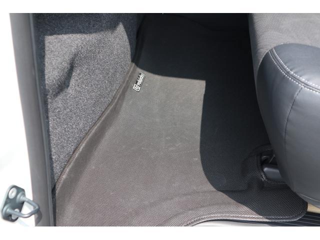 スーパーGL ダークプライム ディーゼル 4WD ワンオーナー 禁煙車 プッシュスタート スマートキー 両側パワースライドドア LEDヘッドライト トヨタセーフティセンス LEDフォグ コンフォートリーフ 寒冷地仕様 防音 熱対策(36枚目)
