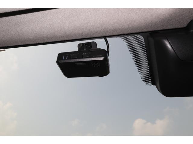 スーパーGL ダークプライム ディーゼル 4WD ワンオーナー 禁煙車 プッシュスタート スマートキー 両側パワースライドドア LEDヘッドライト トヨタセーフティセンス LEDフォグ コンフォートリーフ 寒冷地仕様 防音 熱対策(39枚目)