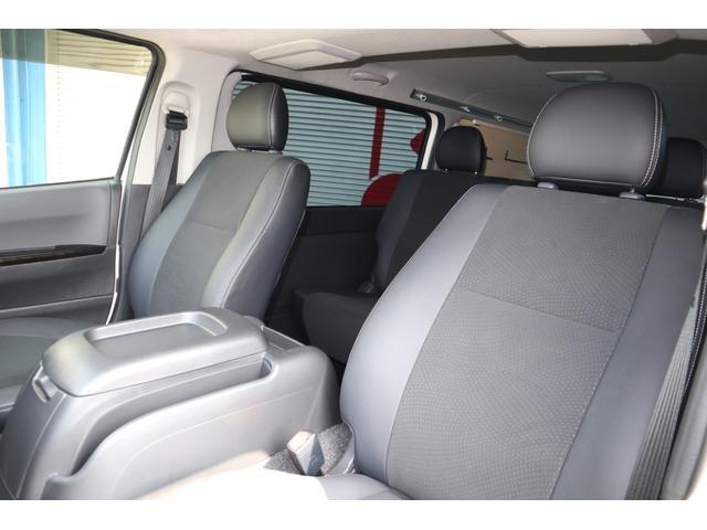 スーパーGL ダークプライム ディーゼル 4WD ワンオーナー 禁煙車 プッシュスタート スマートキー 両側パワースライドドア LEDヘッドライト トヨタセーフティセンス LEDフォグ コンフォートリーフ 寒冷地仕様 防音 熱対策(42枚目)