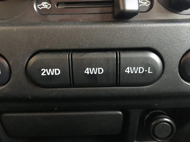 ランドベンチャー 禁煙車 4WD オフロードタイヤ ターボ ETC ナビ DVD シートヒーター  ハーフレザーシート 純正16インチAW(33枚目)