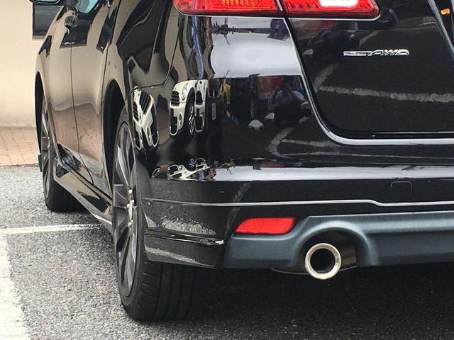 2.5iスペックB アイサイト 禁煙車 4WD STIリップスポイラー SDナビ TV BTオーディオ DVD再生 Bカメラ ETC パワーシート クルーズコントロール Aストップ HID プッシュスタート 18インチアルミ(17枚目)