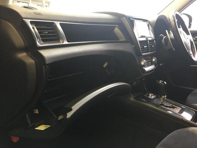 2.5iスペックB アイサイト 禁煙車 4WD STIリップスポイラー SDナビ TV BTオーディオ DVD再生 Bカメラ ETC パワーシート クルーズコントロール Aストップ HID プッシュスタート 18インチアルミ(30枚目)