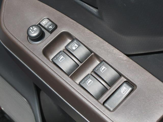 G S ワンオーナー禁煙車メーカー保証付走行距離:16,985km両側電動スライドドア360°ビューモニター衝突回避支援ブレーキシステム スマートキー プッシュスタート コーナーセンサー アイドリングストップ(52枚目)