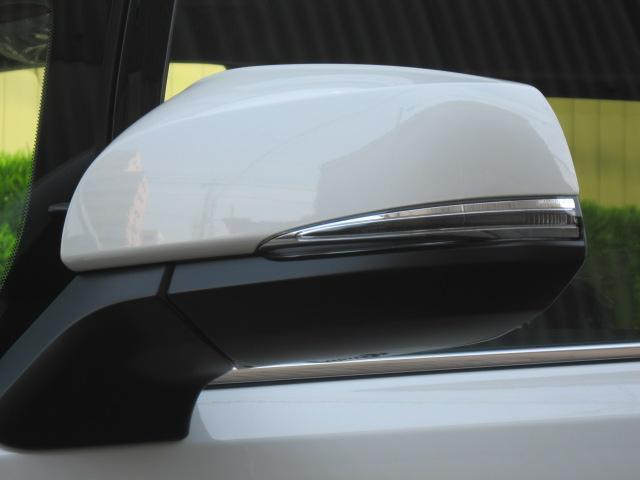 SR Cパッケージ 登録済未使用車 商品改良モデル 4WD 両側パワースライドドア ダブルサンルーフ付 電動革シート オットマン付 7人乗り/キャプテンシートディスプレイオーディオ バックカメラ 被害軽減システム(18枚目)