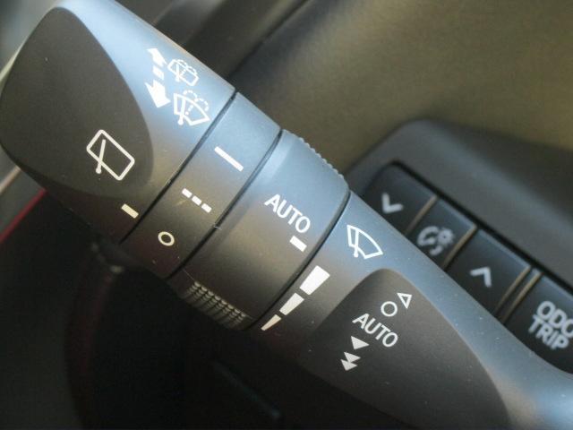 SR Cパッケージ 登録済未使用車 商品改良モデル 4WD 両側パワースライドドア ダブルサンルーフ付 電動革シート オットマン付 7人乗り/キャプテンシートディスプレイオーディオ バックカメラ 被害軽減システム(45枚目)