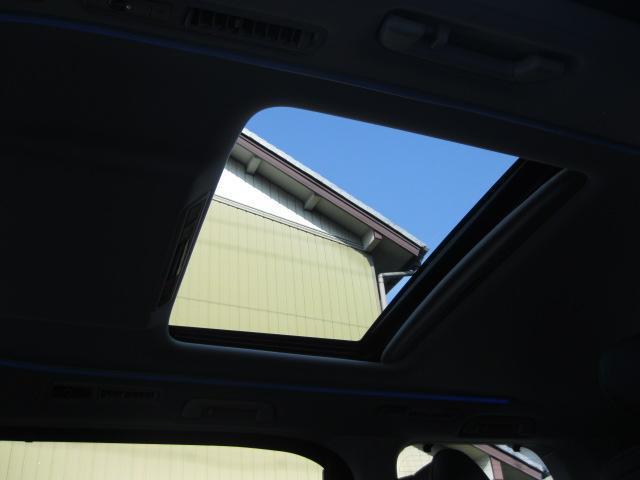 SR Cパッケージ 登録済未使用車 商品改良モデル 4WD 両側パワースライドドア ダブルサンルーフ付 電動革シート オットマン付 7人乗り/キャプテンシートディスプレイオーディオ バックカメラ 被害軽減システム(74枚目)