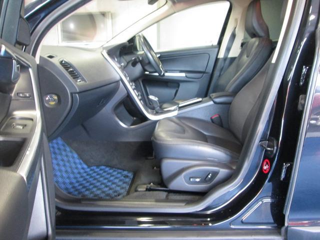 「ボルボ」「ボルボ XC60」「SUV・クロカン」「愛知県」の中古車12