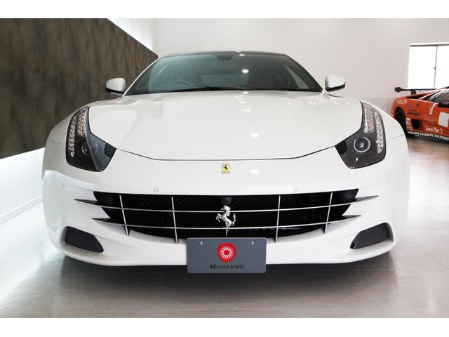 フェラーリ フェラーリ FF 正規ディーラー車右H LEDステアリング OP総額700万