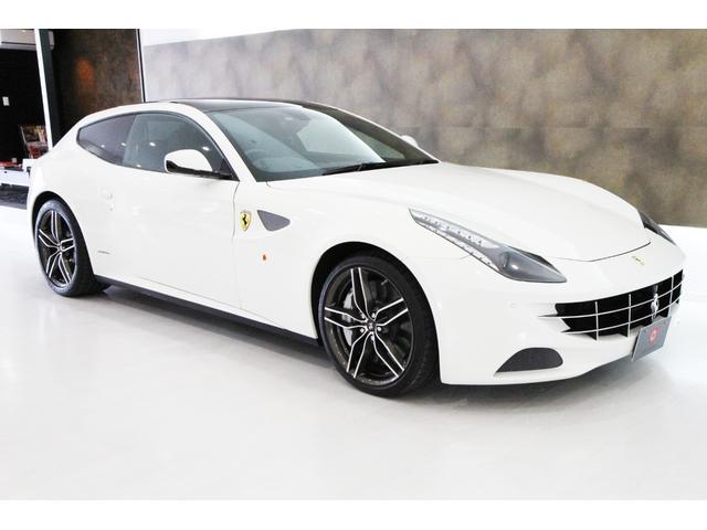 フェラーリ フェラーリ FF 正規ディーラー車 右H OP総額700万