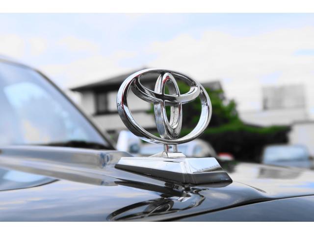 ★トヨタのエンブレムが高級感を感じさせます。 100台しか製造されていないレア車になります! ぜひ一度ご覧いただきたいです♪★