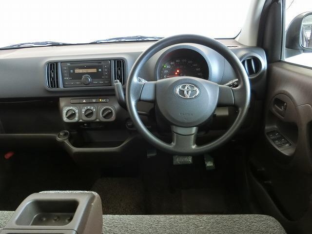 トヨタ パッソ X クツロギ CD スマートキー マニュアルエアコン