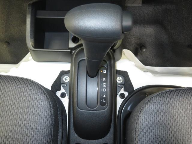 スタンダードSAIIIt 4WD AT車 LEDヘッドライト(10枚目)