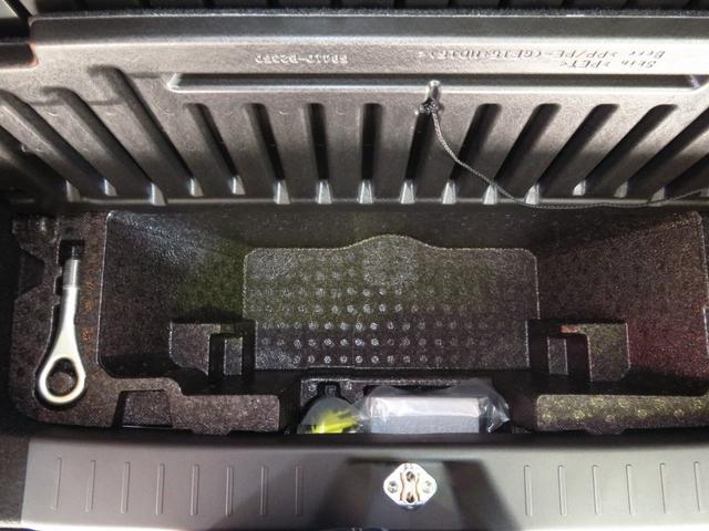XリミテッドII SAIII 走行3639km バックカメラ 純正アルミ LEDヘッドライト 運転席シートヒーター オートハイビーム アイドリングストップ オートエアコン オートライト 盗難警報 キーフリー スマアシIII(8枚目)