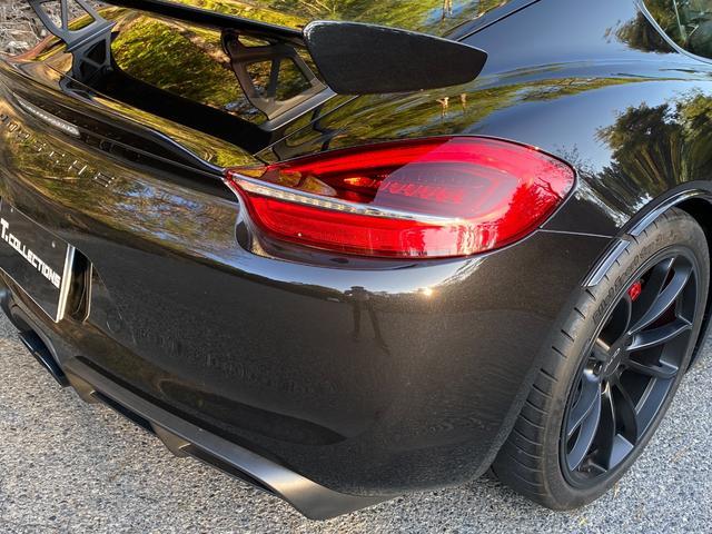 GT4 スポーツクロノパッケージ カーボンバケットシート ブラックカラーホイール ブラックウイング カーボンインテリアパッケージ(12枚目)