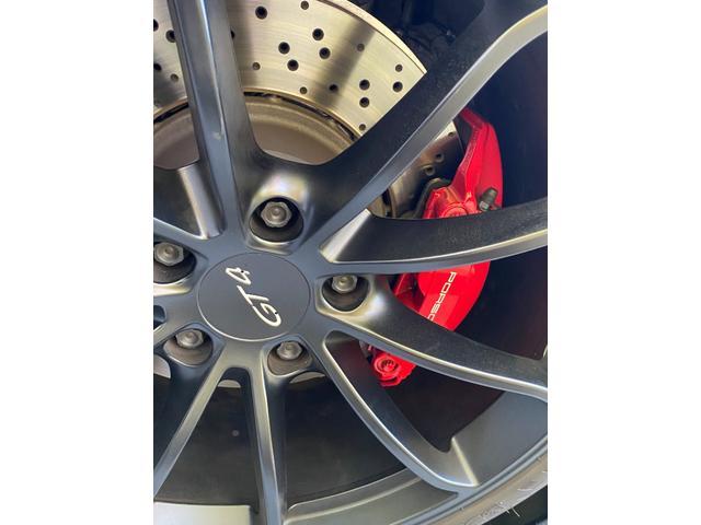 GT4 スポーツクロノパッケージ カーボンバケットシート ブラックカラーホイール ブラックウイング カーボンインテリアパッケージ(23枚目)