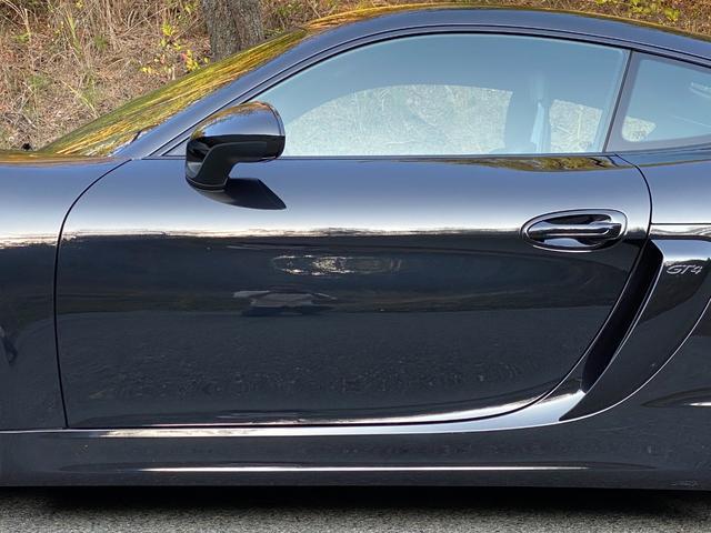GT4 スポーツクロノパッケージ カーボンバケットシート ブラックカラーホイール ブラックウイング カーボンインテリアパッケージ(33枚目)