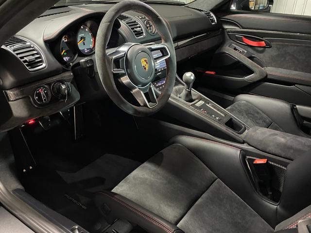 GT4 スポーツクロノパッケージ カーボンバケットシート ブラックカラーホイール ブラックウイング カーボンインテリアパッケージ(35枚目)