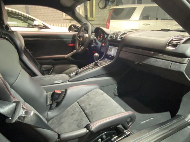 GT4 スポーツクロノパッケージ カーボンバケットシート ブラックカラーホイール ブラックウイング カーボンインテリアパッケージ(37枚目)