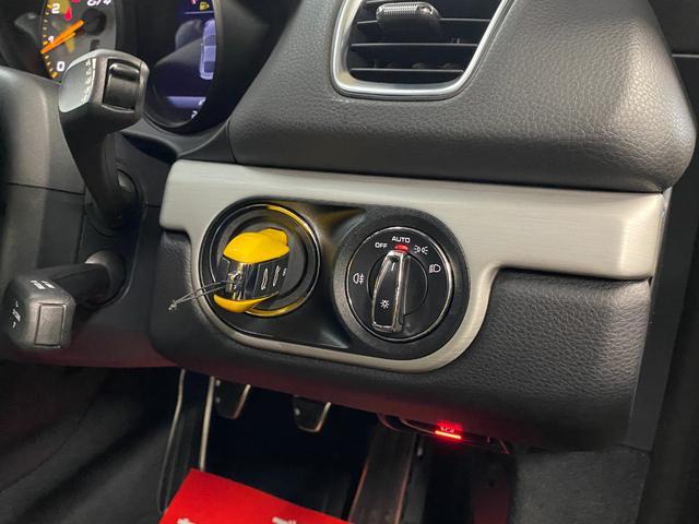 GT4 クラブスポーツ カーボンバケットシート オプション4点シートベルト 地デジナビ レーダー ドラレコ ワンオフマフラー 各所ラッピング(50枚目)