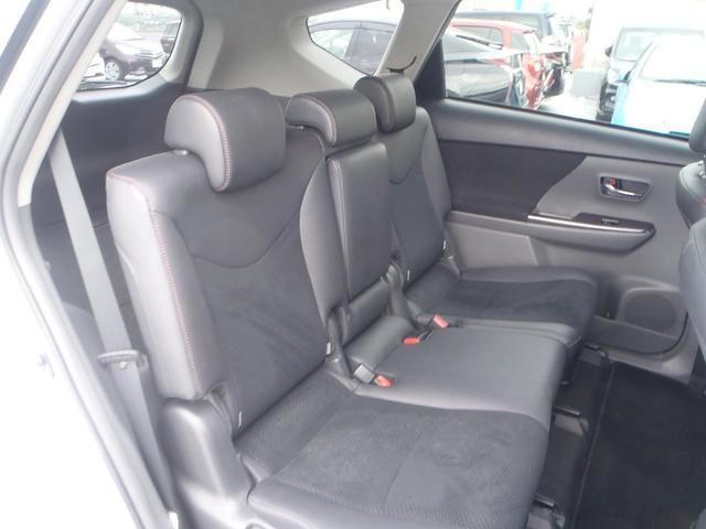 トヨタ プリウスアルファ G チューン ブラック  メモリーナビ  LED  ETC