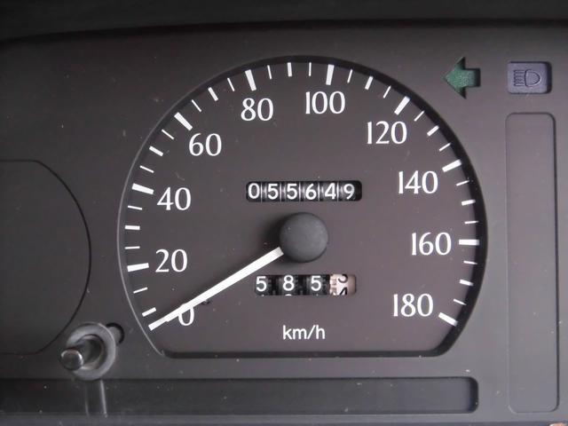 トヨタ クラウン スーパーデラックス 5速マニュアル車 1オーナー 後期モデル