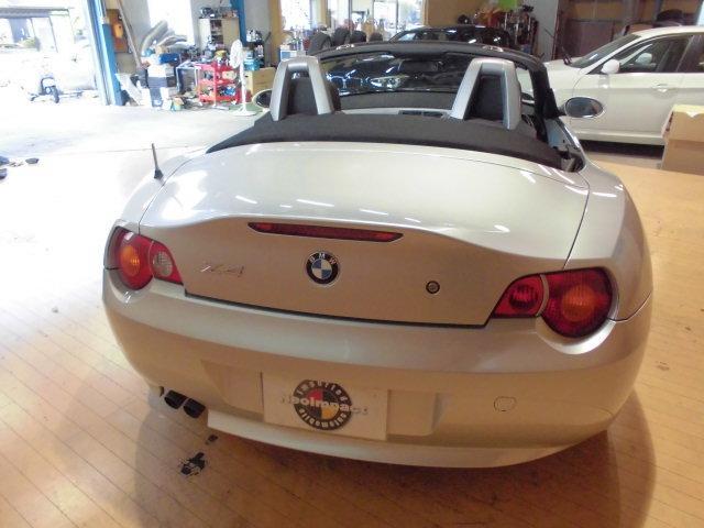 BMW BMW Z4 2.5i リップスポイラー 18インチアルミ バッテリ新品