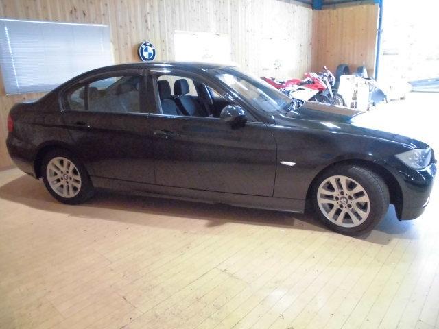 BMW BMW 320i HDDナビ ETC バッテリ新品