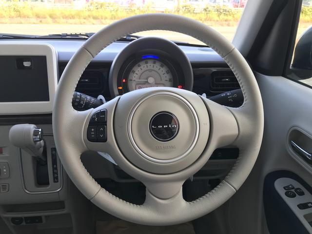モード 届出済未使用車 全方位カメラ装着 セーフティーサポート HIDヘッドライト シートヒーター モード専用フロアマット スマートキー2本 新車保証付(3枚目)