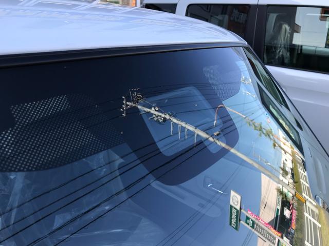モード 届出済未使用車 全方位カメラ装着 セーフティーサポート HIDヘッドライト シートヒーター モード専用フロアマット スマートキー2本 新車保証付(43枚目)