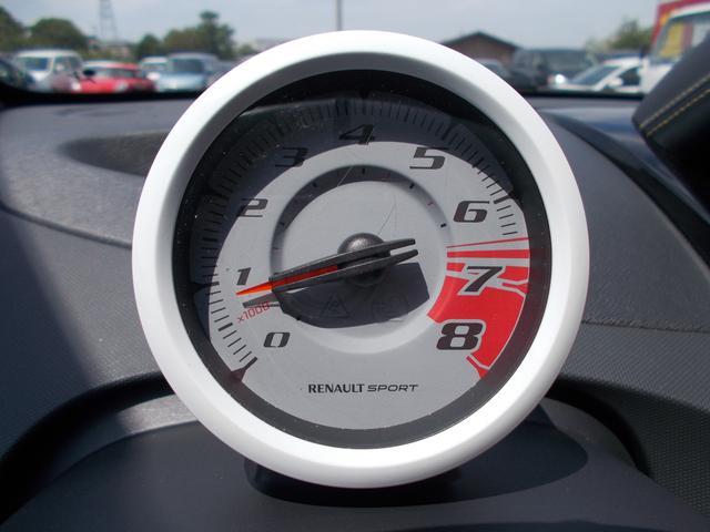ルノー ルノー トゥインゴ RS レッドブル・レーシング RB7 30台限定生産車