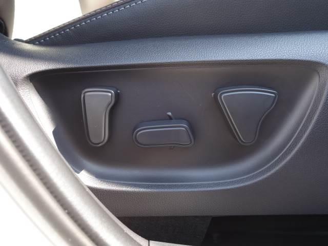 HYBRID Z ステアリングヒーター ブラインドスポット パノラミックビュー ハーフレザー シートヒーター パワーシート レーダークルーズ トヨタセーフティS オートハイビーム(7枚目)