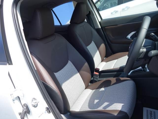 HYBRID Z ステアリングヒーター ブラインドスポット パノラミックビュー ハーフレザー シートヒーター パワーシート レーダークルーズ トヨタセーフティS オートハイビーム(8枚目)
