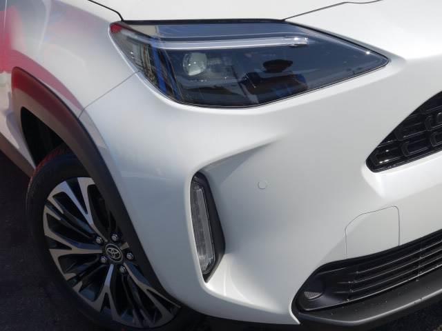 HYBRID Z ステアリングヒーター ブラインドスポット パノラミックビュー ハーフレザー シートヒーター パワーシート レーダークルーズ トヨタセーフティS オートハイビーム(18枚目)
