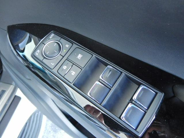 「レクサス」「LX」「SUV・クロカン」「愛知県」の中古車64