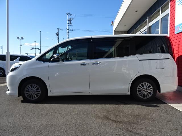 「トヨタ」「エスクァイア」「ミニバン・ワンボックス」「愛知県」の中古車17