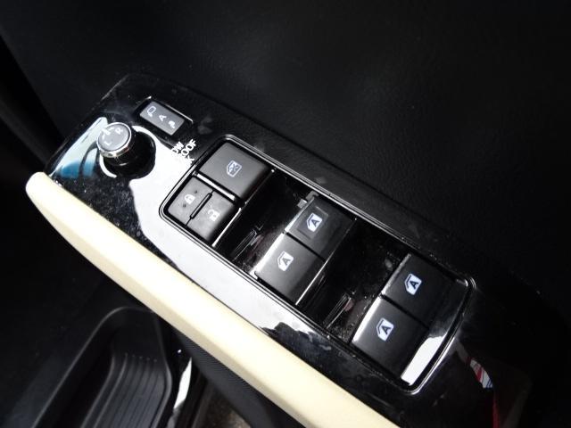 「トヨタ」「ヴェルファイア」「ミニバン・ワンボックス」「愛知県」の中古車26