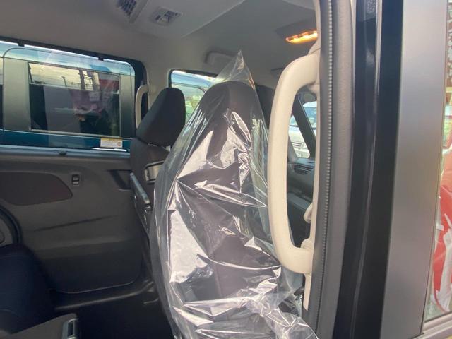 ハイウェイスター X・快適パックA付・届出済未使用車 アラウンドビューモニター・ロールサンシェイド・リヤシーリングファン・パーソナルテーブル・USBソケット(11枚目)
