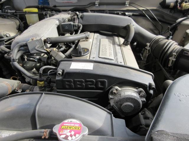 RB20DEエンジン!スカイラインをはじめ歴代ニッサンの原点とも言える名機です。RBエンジンのサウンドを堪能してください。