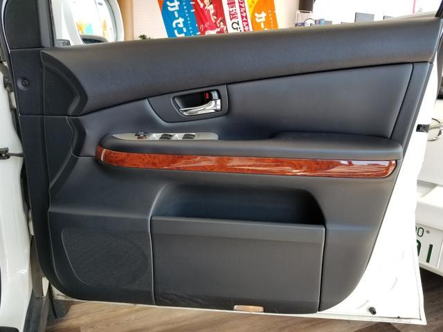 「トヨタ」「ハリアー」「SUV・クロカン」「愛知県」の中古車52