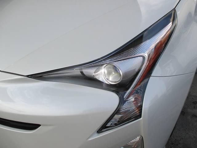 トヨタ プリウス S ナビレディパッケージ LEDフロントフォグランプ