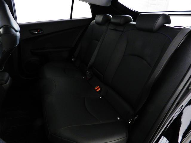 トヨタ プリウス Sツーリング SDナビTV バックカメラ LEDフォグ