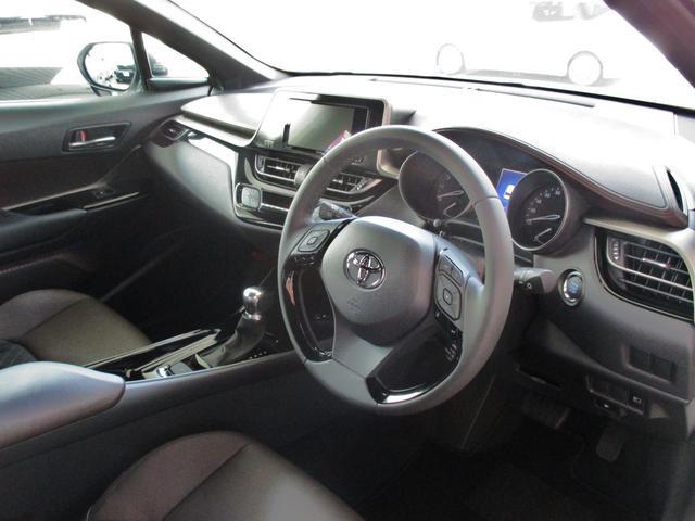 トヨタ C-HR G LEDヘッドライト SDナビ Bカメラ コーナーセンサー
