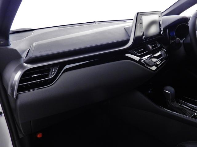 S GRスポーツ ダークスモーク19アルミ/2トーンボディ/8インチディスプレイオーディオ/Bluetooth/パノラミックビューモニター/バックモニター/セーフティセンス/専用インテリア/シートヒーター(23枚目)