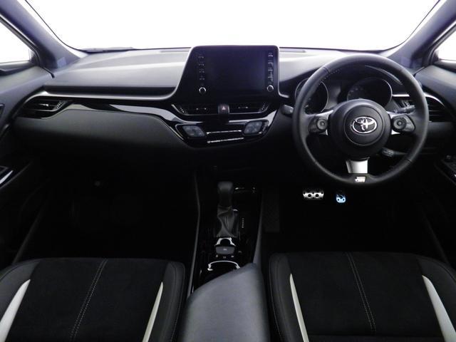 S GRスポーツ ダークスモーク19アルミ/2トーンボディ/8インチディスプレイオーディオ/Bluetooth/パノラミックビューモニター/バックモニター/セーフティセンス/専用インテリア/シートヒーター(24枚目)