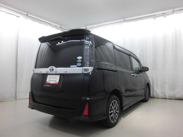ZS 煌 4WD フルセグ メモリーナビ DVD再生 バックカメラ 衝突被害軽減システム ETC ドラレコ 両側電動スライド LEDヘッドランプ ウオークスルー 乗車定員8人 3列シート ワンオーナー(3枚目)