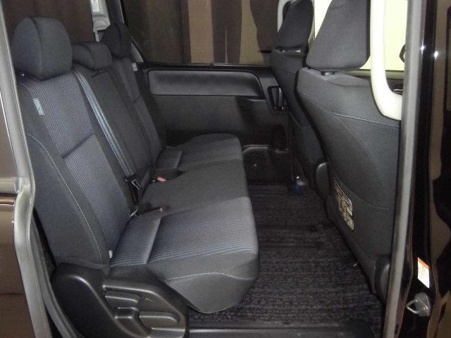 ZS 煌 4WD フルセグ メモリーナビ DVD再生 バックカメラ 衝突被害軽減システム ETC ドラレコ 両側電動スライド LEDヘッドランプ ウオークスルー 乗車定員8人 3列シート ワンオーナー(6枚目)