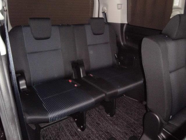 ZS 煌 4WD フルセグ メモリーナビ DVD再生 バックカメラ 衝突被害軽減システム ETC ドラレコ 両側電動スライド LEDヘッドランプ ウオークスルー 乗車定員8人 3列シート ワンオーナー(7枚目)